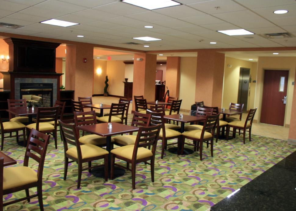 Best-Western-Victor-main-lobby