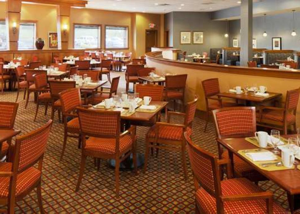 Bistro 252 Restaurant