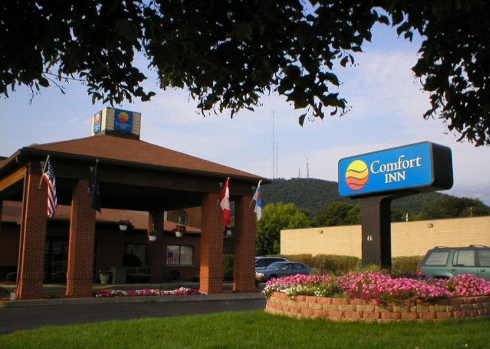 Comfort Inn - Corning