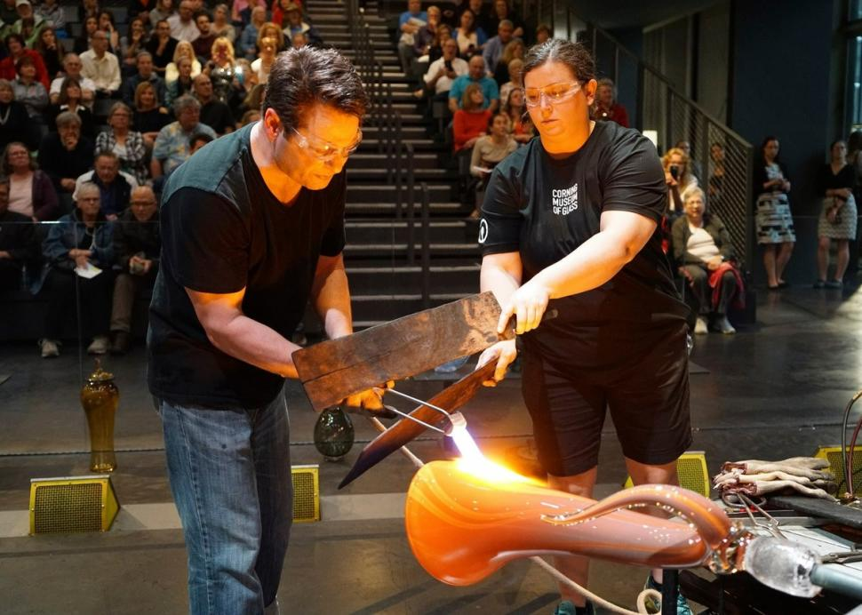 2300 Event every Third Thursday 6-8pm, November-May, Live Music and Hot Glass Fun