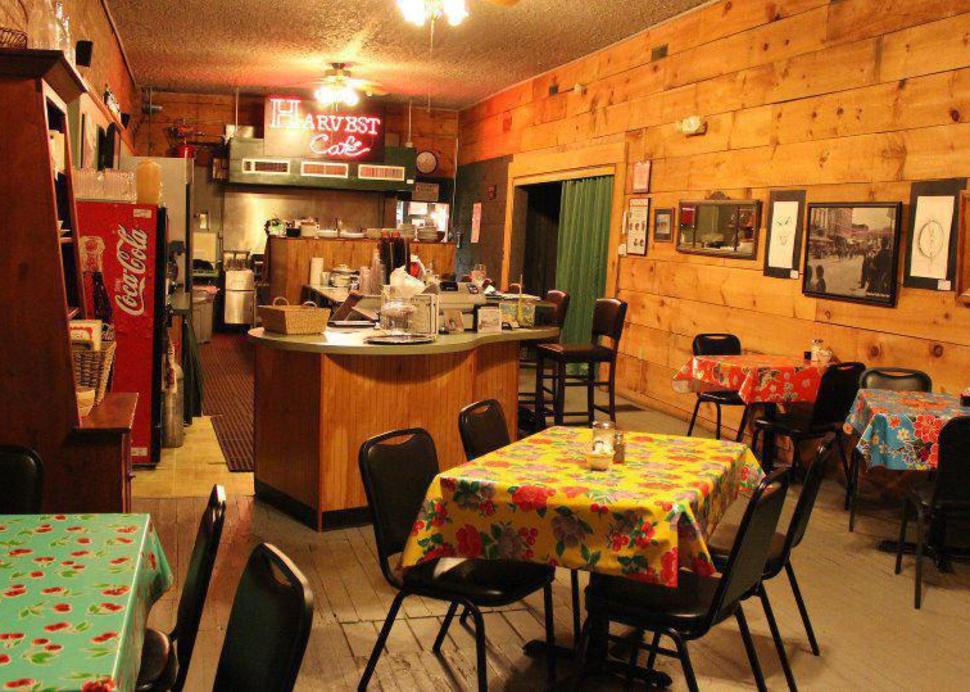 Grab a delicious meal in a friendly hometown restaurant!