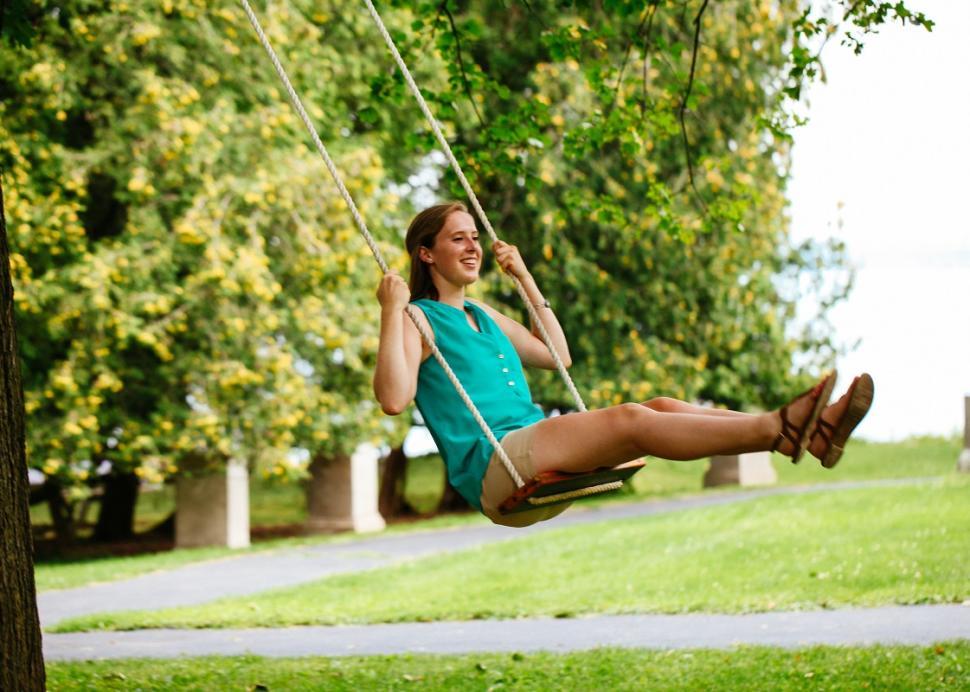 geneva-on-the-lake-swing