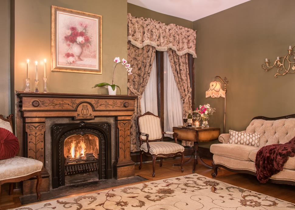Penfield Suite Parlor
