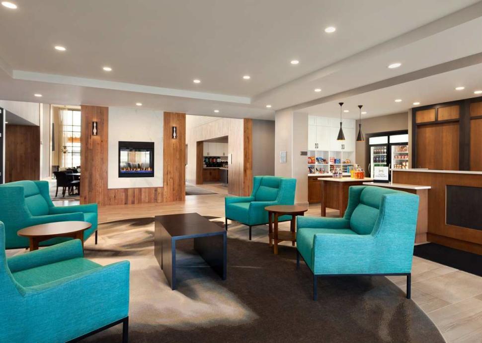 Homewood Suites by Hilton Syracuse - Carrier Circle Lobby Area