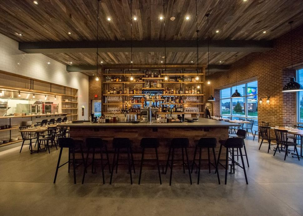 kindred-fare-geneva-interior-bar