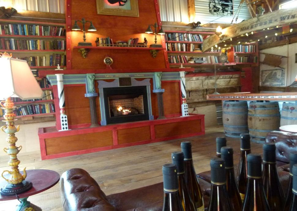 lacey-magruder-vineyard-and-winery-geneva-interior