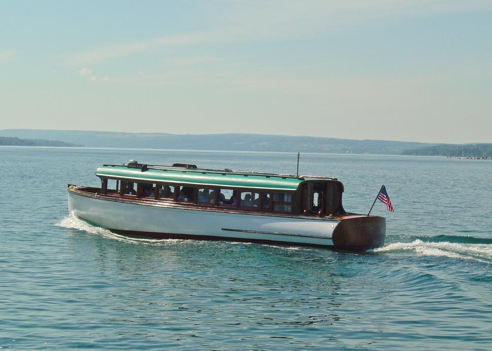 Mid-Lakes Navigation Co