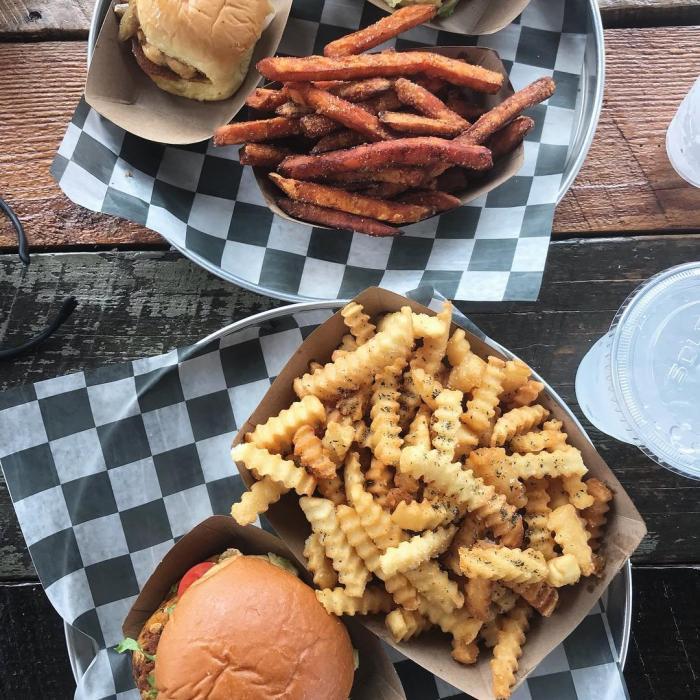 Al's Burgers
