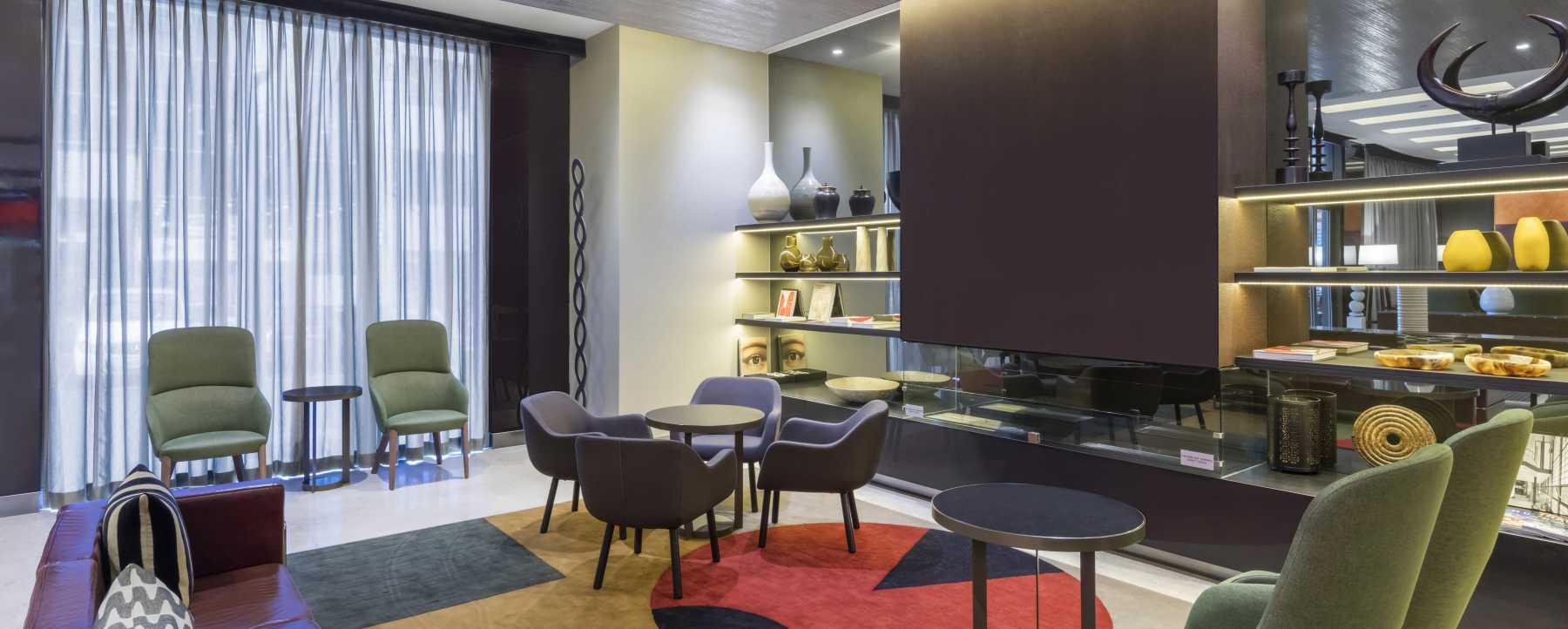Adina Apartment Hotel Melbourne Lobby
