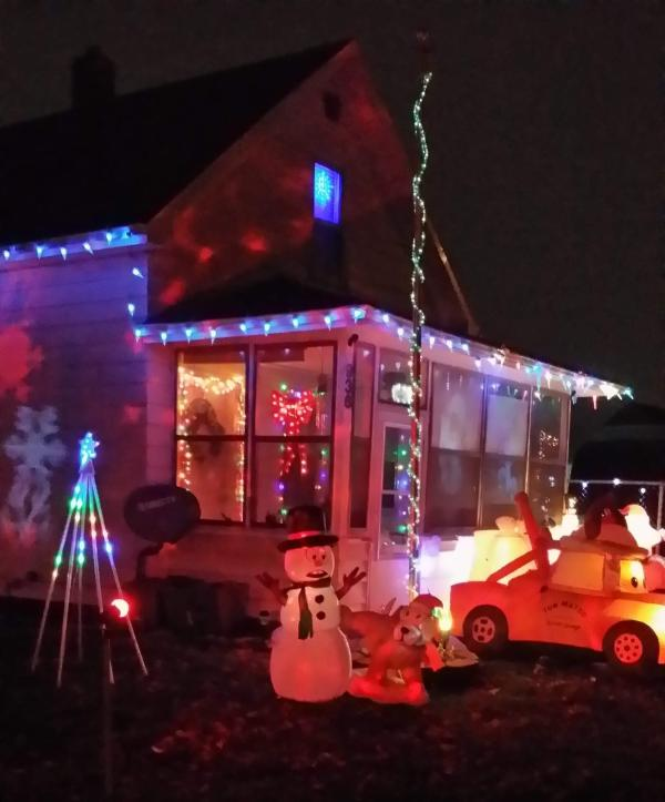 936 Herman Street_Ami Prugh_Best Christmas Light Displays in Fort Wayne, Indiana