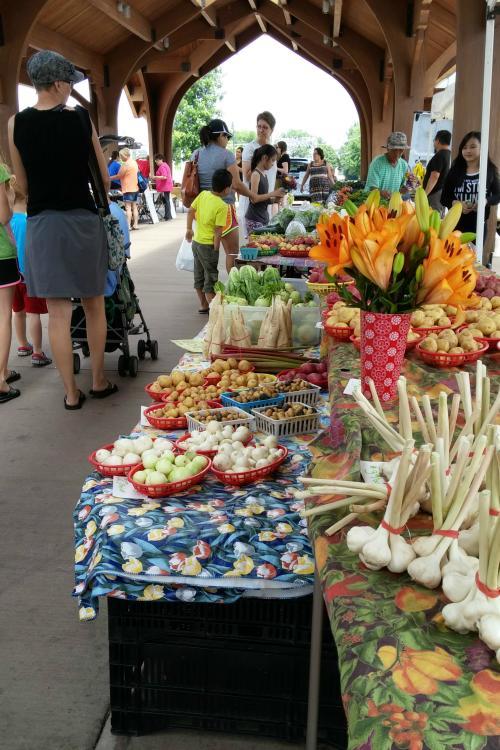 """Downtown Farmers Market"""