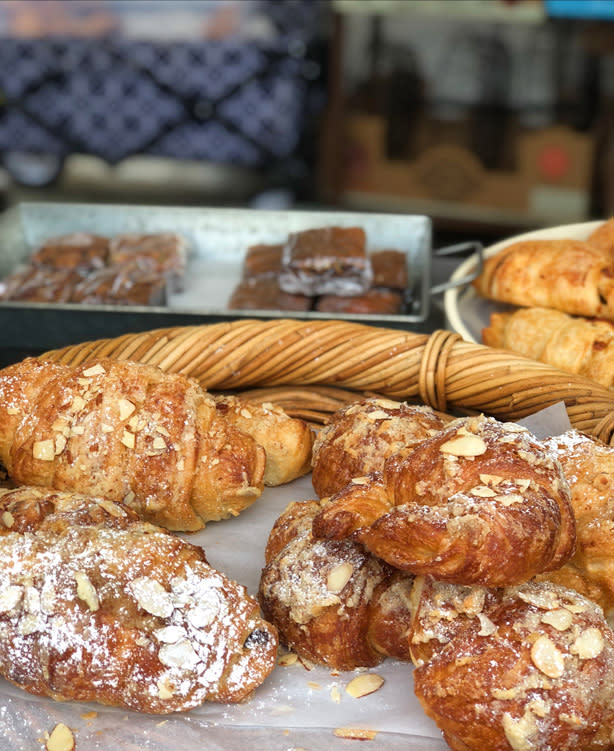 Farmers Markets - Fairbanks Alaska - pastries
