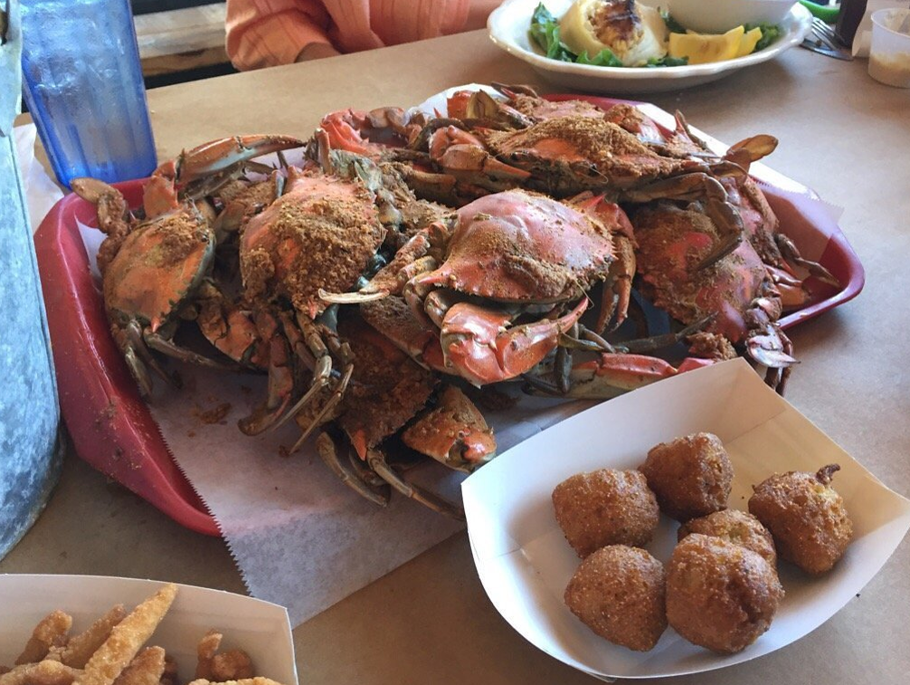 Avery's Maryland Grill Crabs