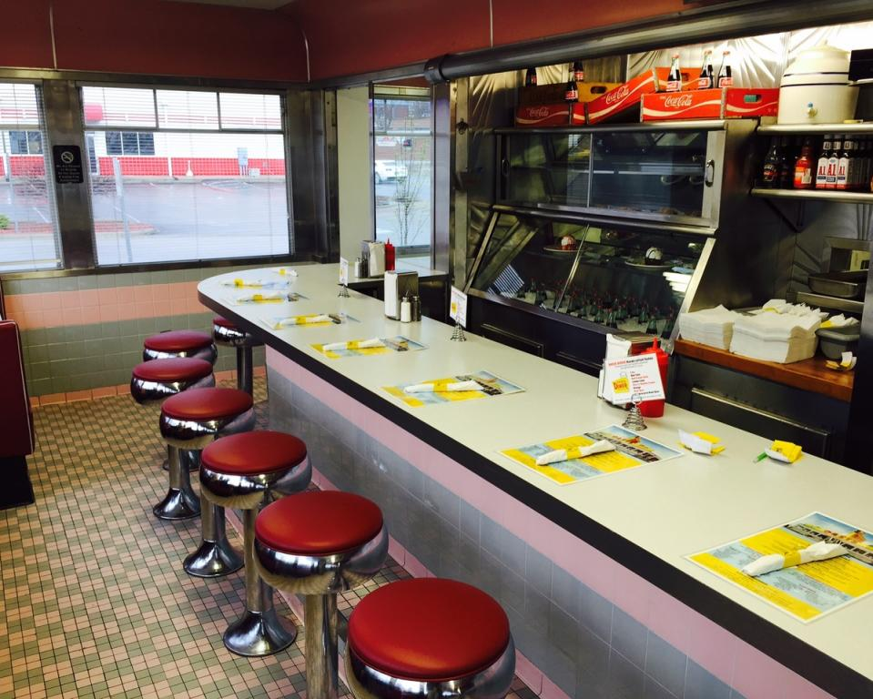 Oasis Diner Counter