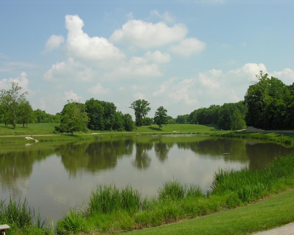 Avon Town Hall Park Pond