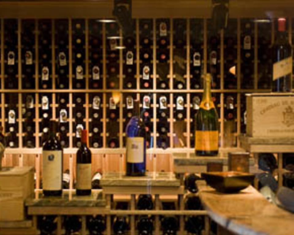 Harry's Wine Room