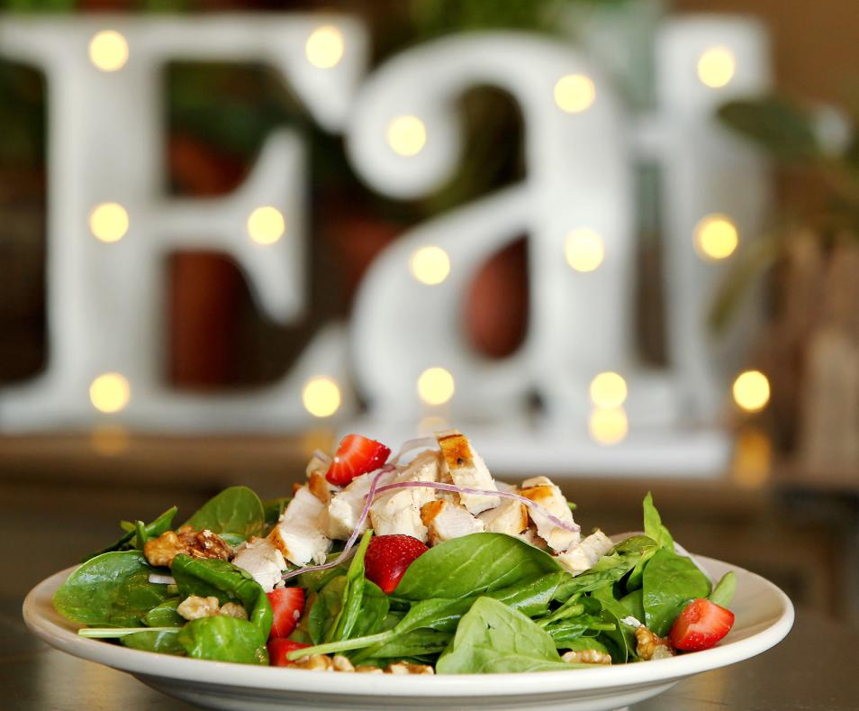 Spinach Strawberry Salad with Chicken