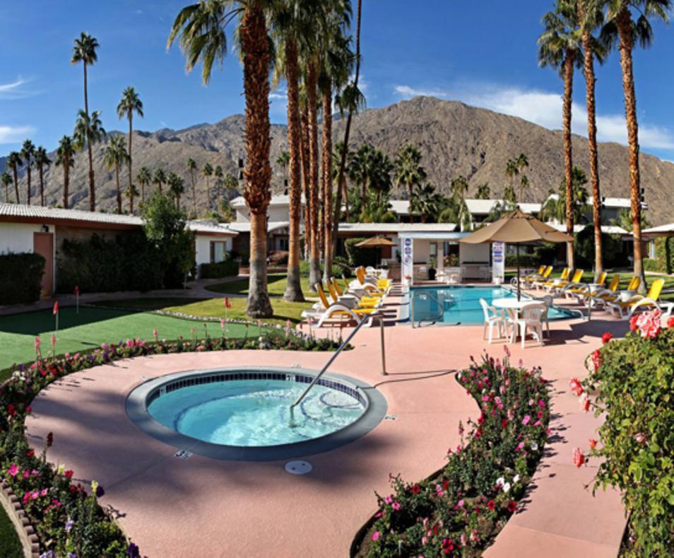 A Place In The Sun Garden Hotel