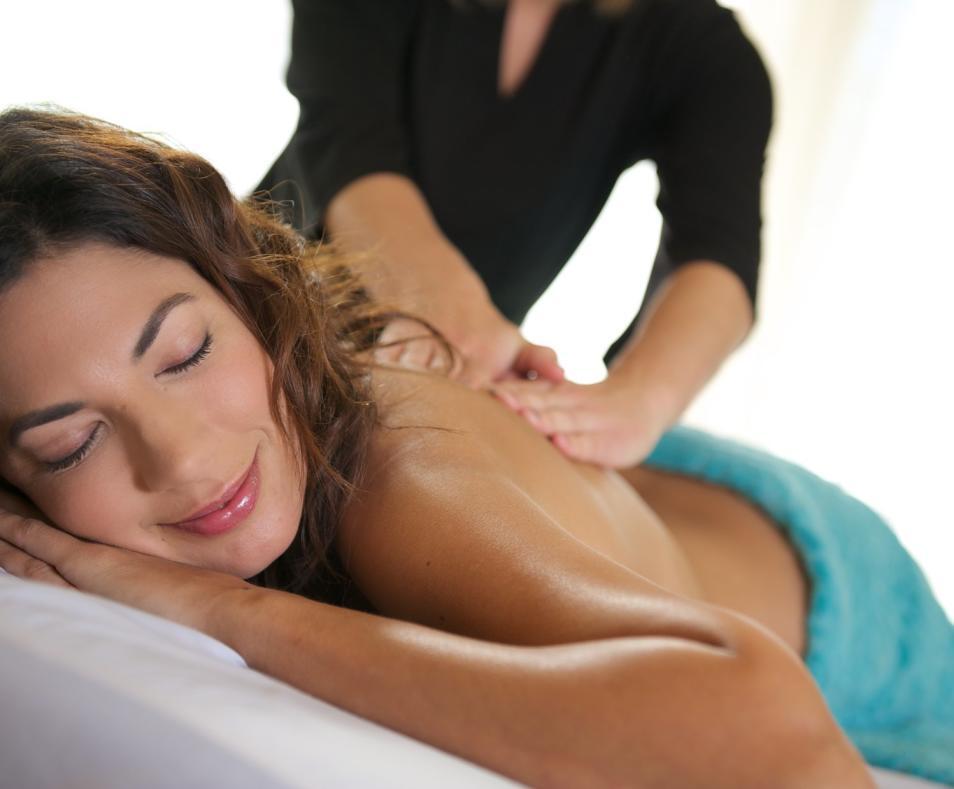 OFFER: massage & float