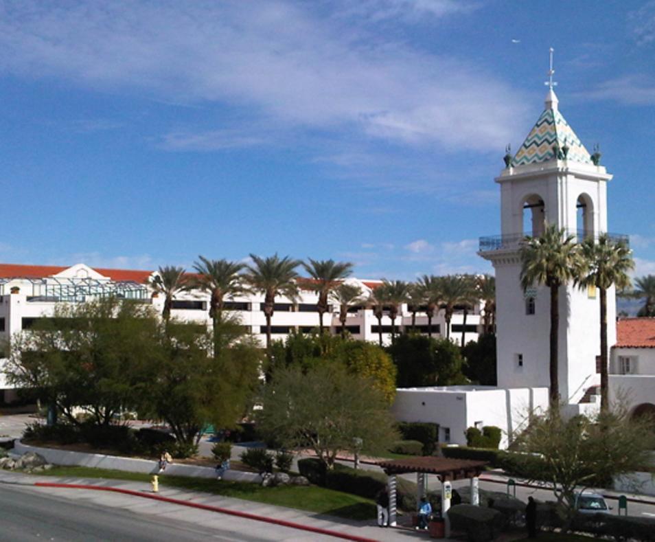 Desert Regional Medical Center