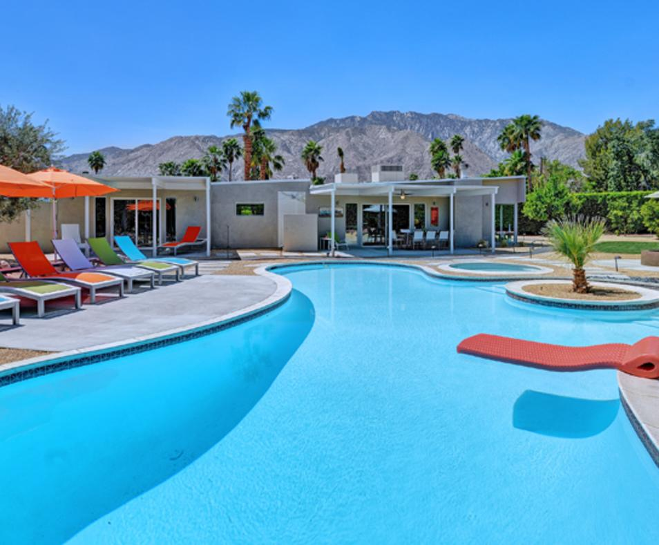 Oranj Palm Vacation Homes