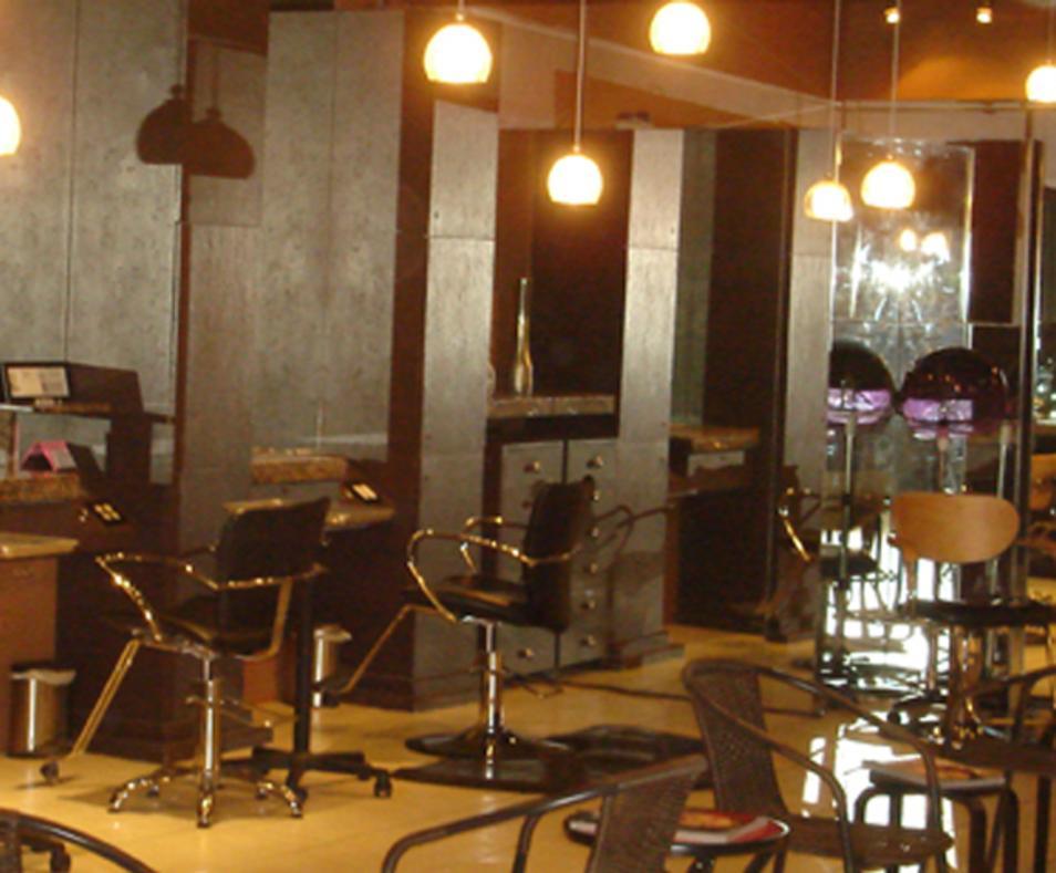 Karl Vasquez Salon Spa