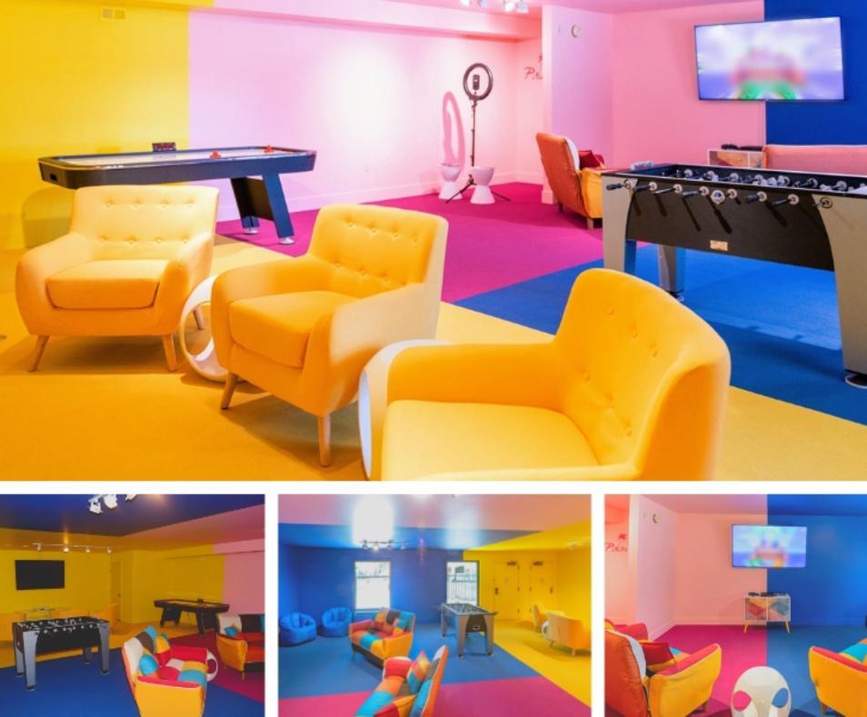 Ivy Palm Resort game room