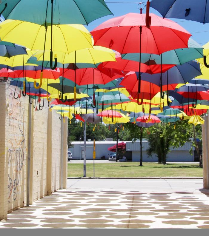 Umbrella Alley