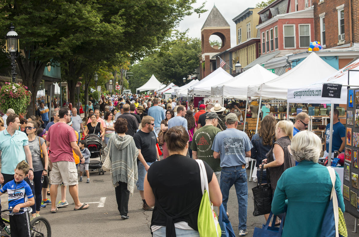 Crowd at the Doylestown Arts Festival