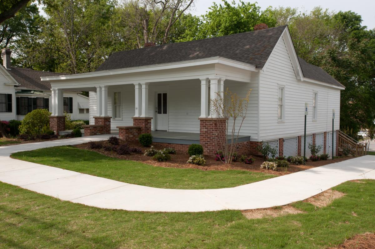 Sallie-Ellis Davis House