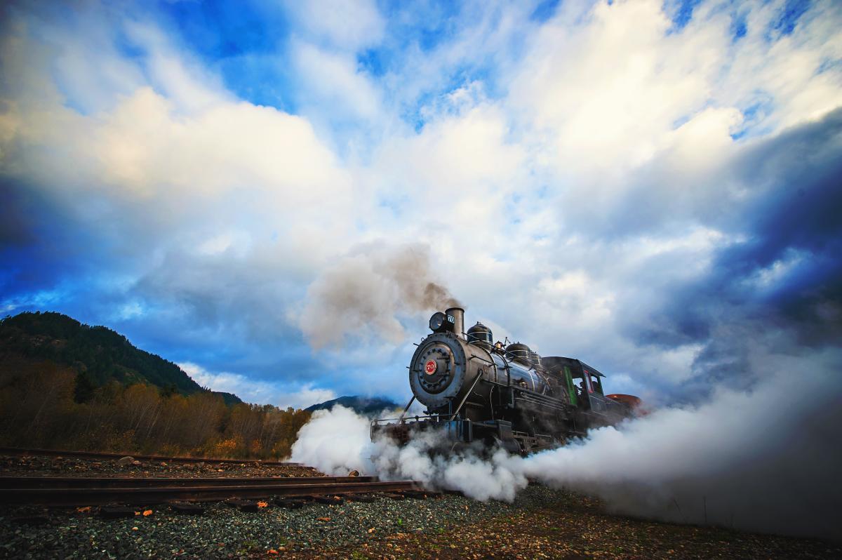 Mount Rainer Scenic Railroad + Museum photo by Jeremy Echols Photoraphy
