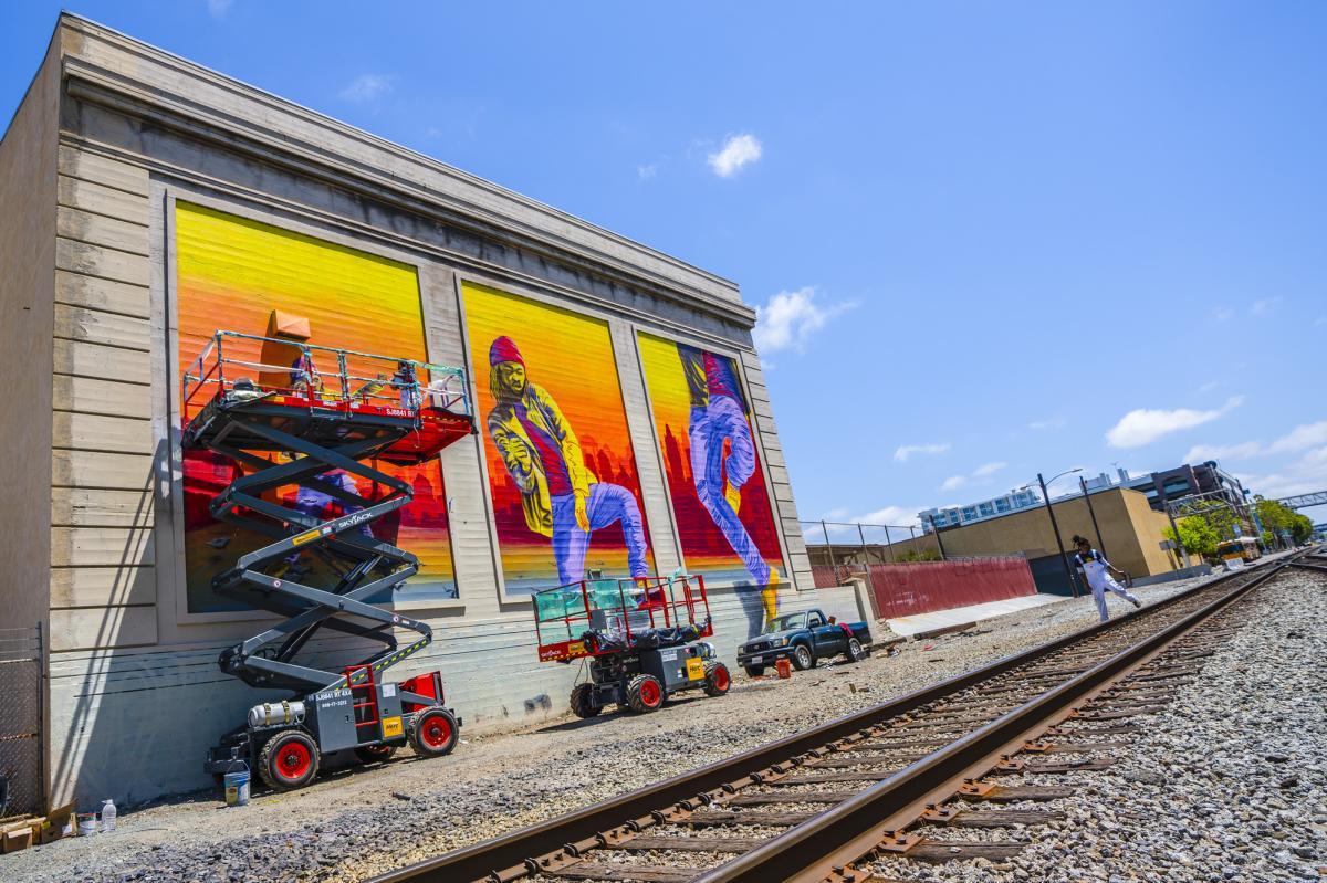 """Turfin'"" Mural painted for Oakland Mural Festival 2018"
