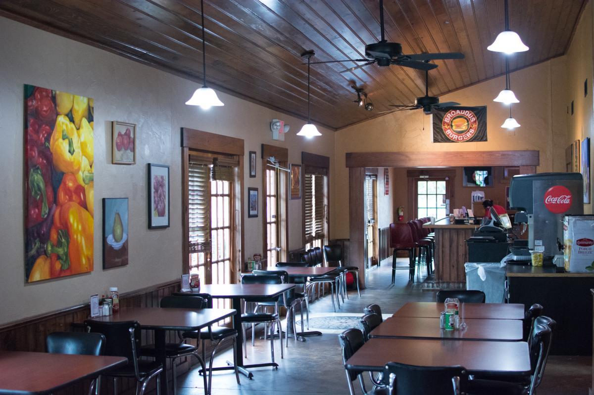 Broaddus Burger Interior