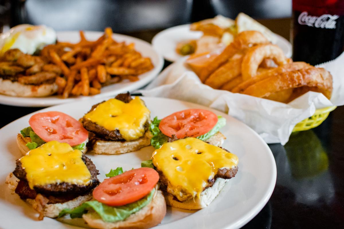 Broaddus Burger