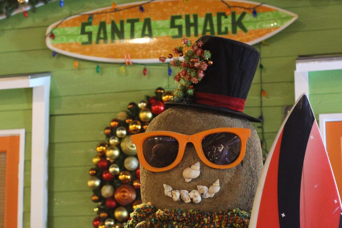 Irvine-Spectrum-Santa-Shack-Christmas-Holiday-Michelle-McCoy