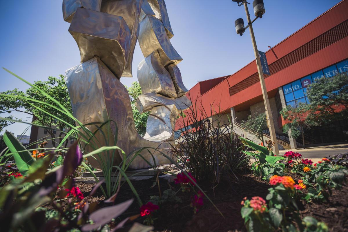 DowntownSculpture2