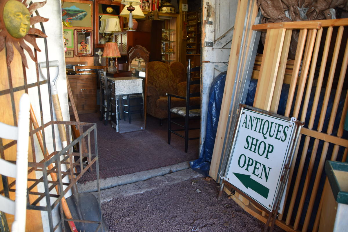 Makefield Antiques
