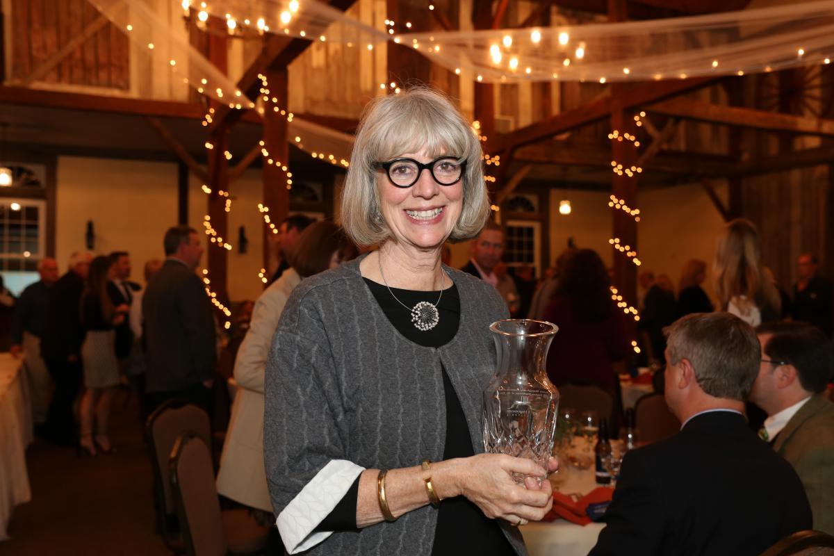 Lynda Waggoner accepts LHVB's 2017 Trailblazer of the Year on behalf of WPC