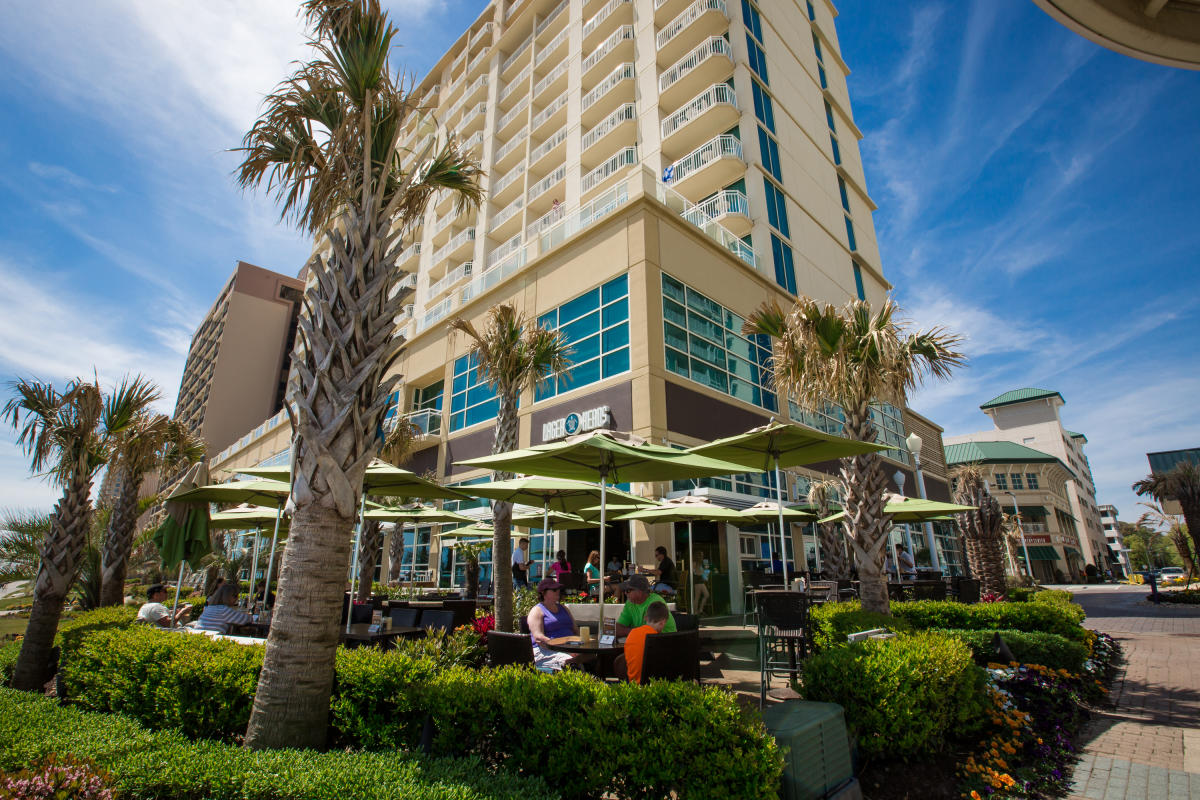 lagerheads lager heads beer breweries brewery oceanfront building outdoors outdoor outside clouds cloud palm tree trees