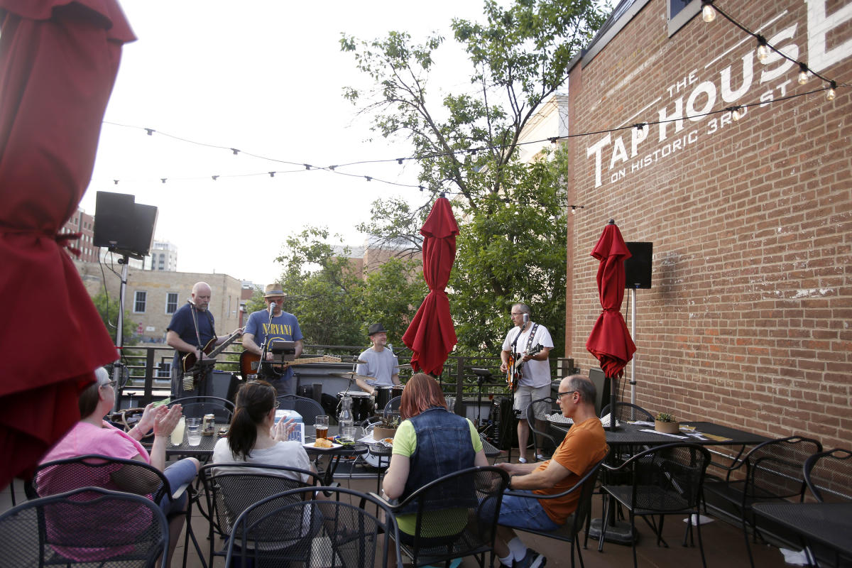 Enjoy The Tap House rooftop patio in Rochester, MN