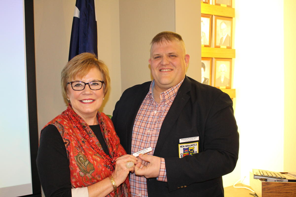 Sandy Nolte earns her Chamber Life Membership