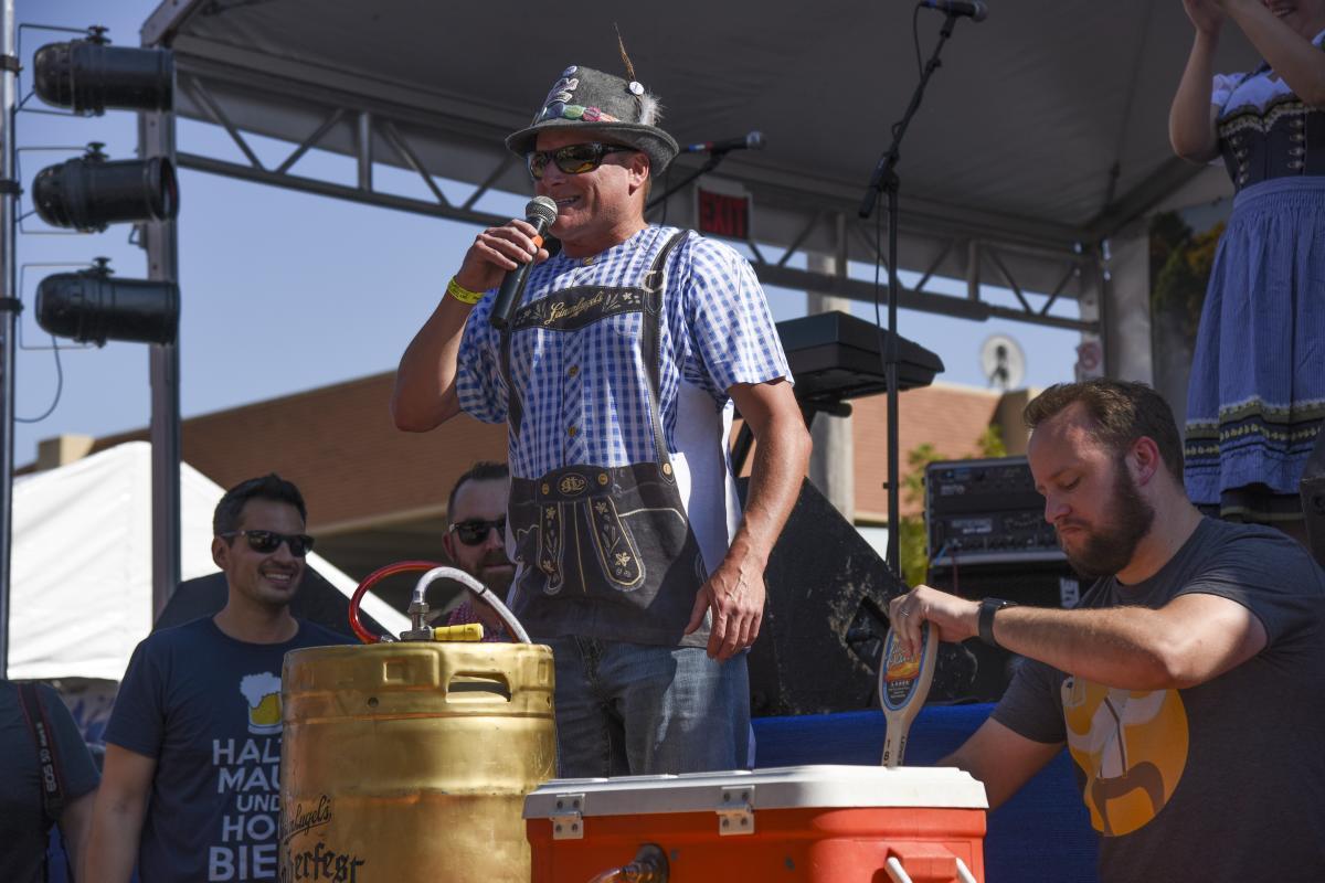 CJ Leinenkugel Des Moines Oktoberfest