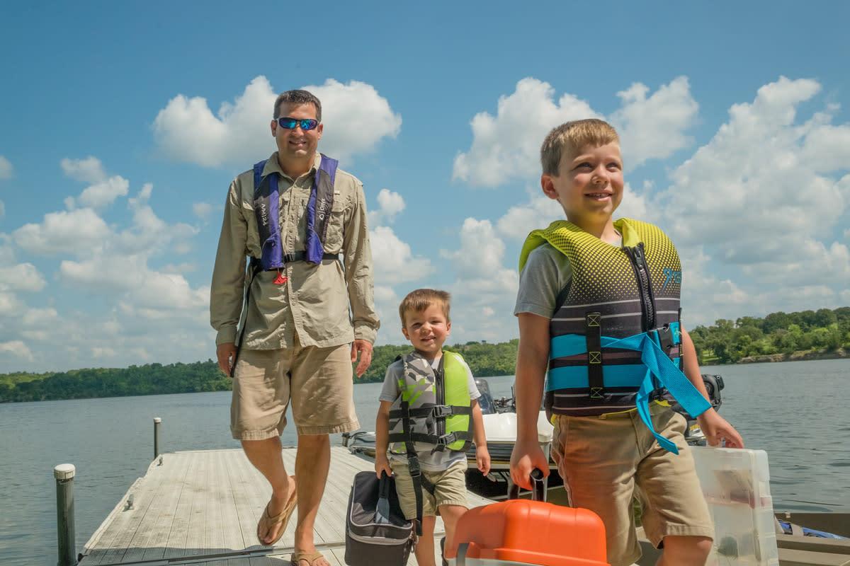 Boys-Father-dock-fishing