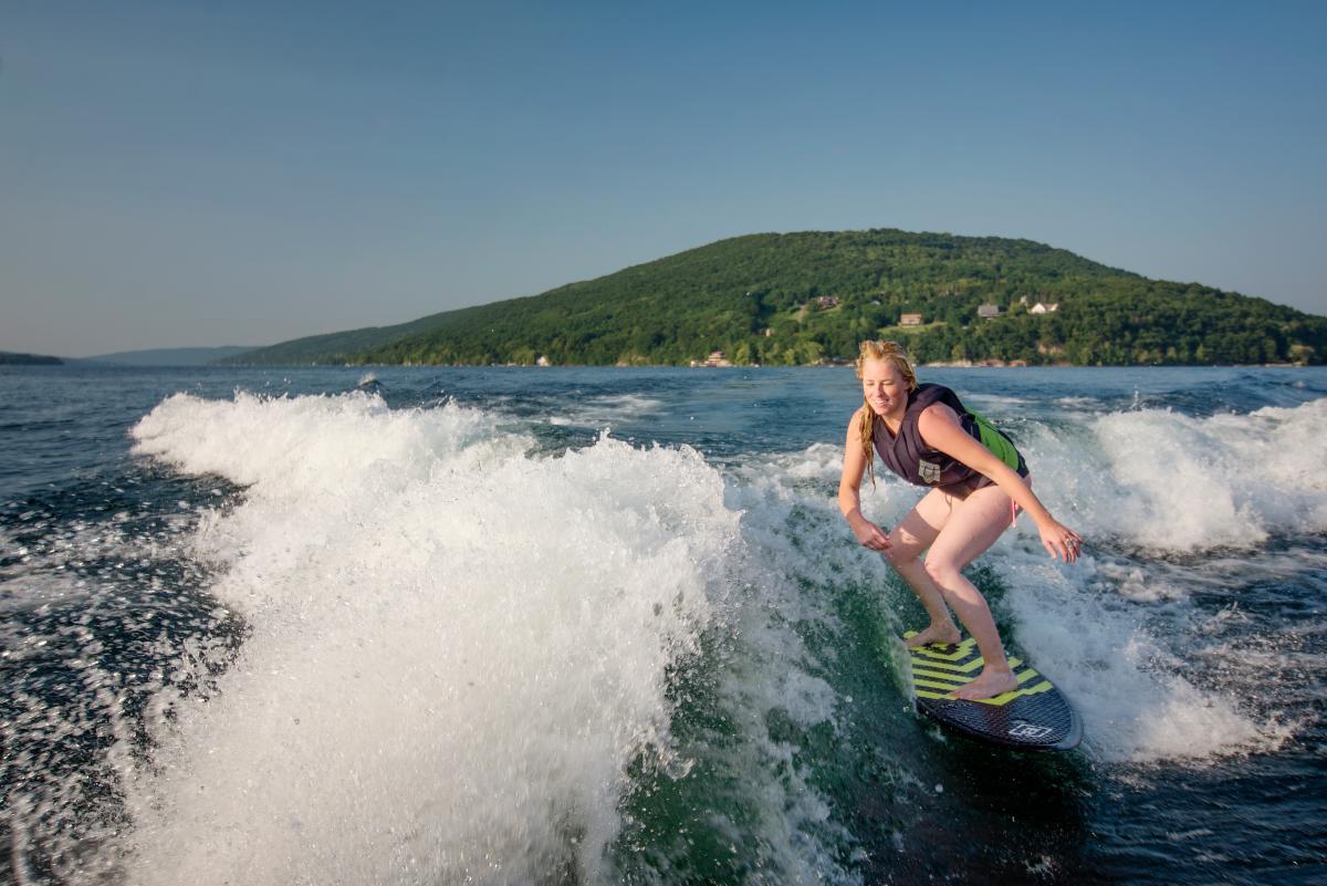 Wake Surfing with Ali DSC2825