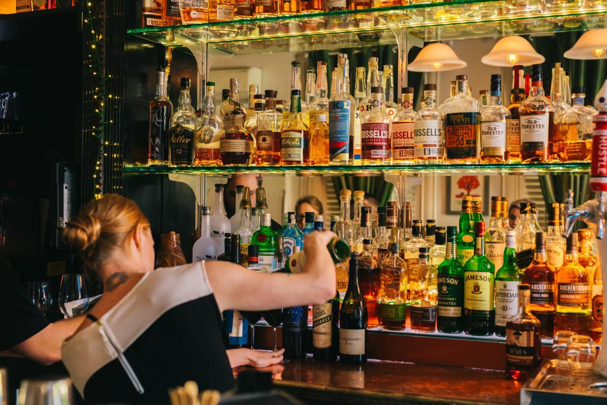 B-Line Bouquet Bar
