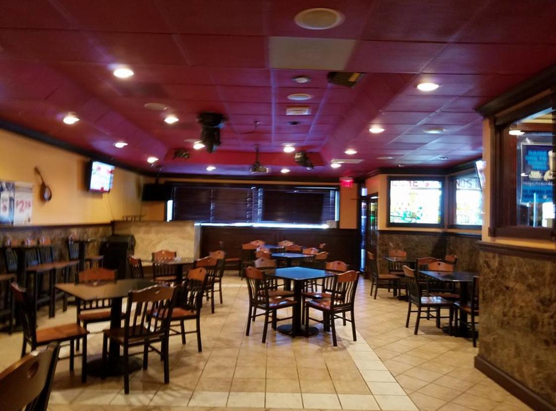 Padrino's II Restaurant and Bar