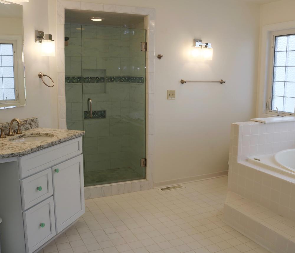 661 S. Atlantic Ave. Master Bath