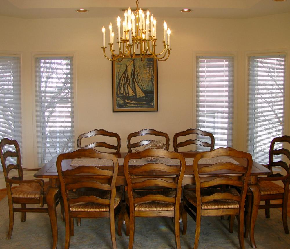 661 S. Atlantic Ave. Dining Room