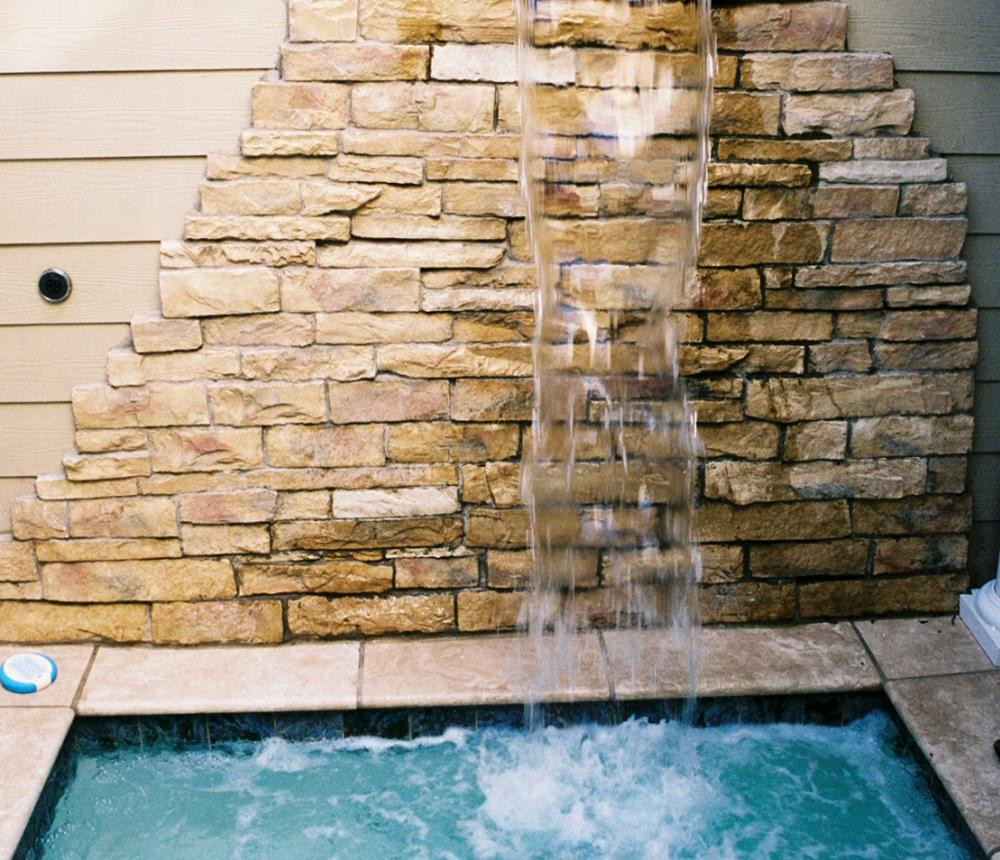 Virginia_Beach_luxury_Bed_and_Breakfast_the_Beach_Spa_Bed_and_Breakfast__Massage_Waterfall01.jpg