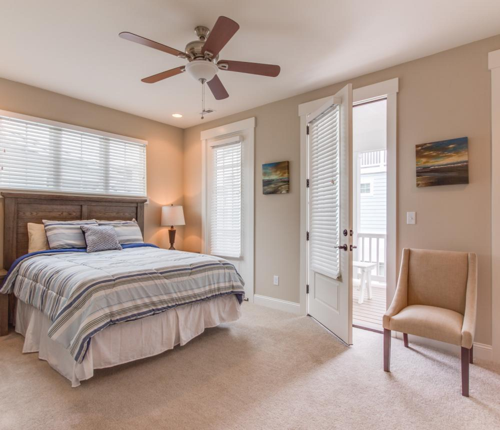 Two Bedroom Master Queen with Balcony